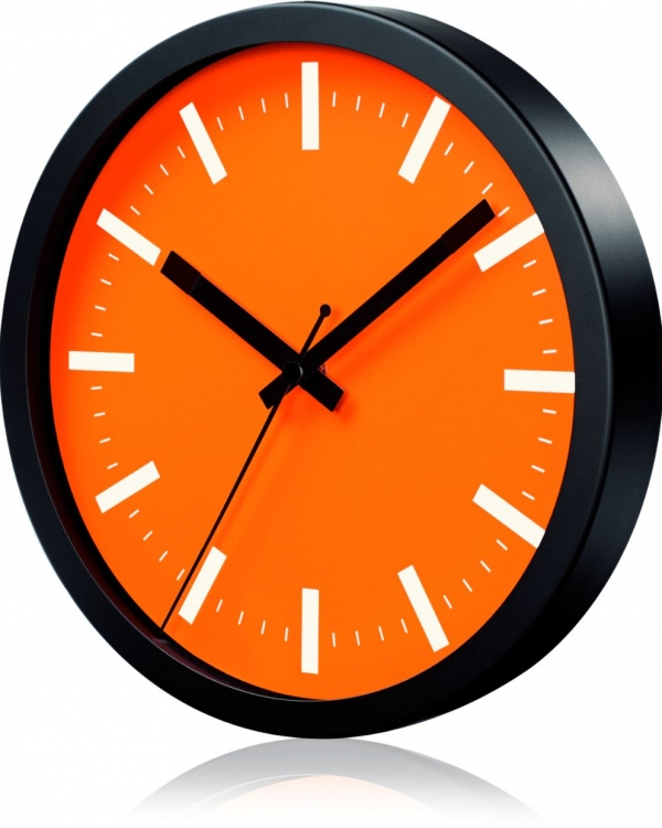 horloge publicitaire orange
